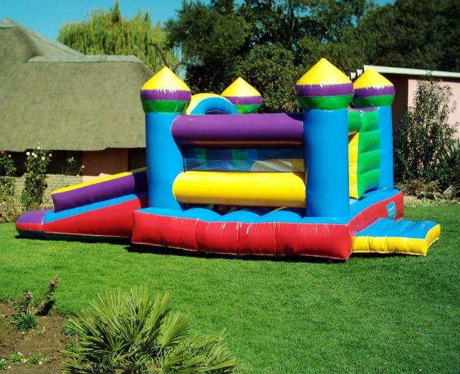 The way to buy good inflatable castle-The way to buy good in